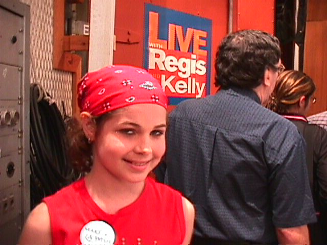 Jillianne outside Live with Regis and Kelly 7-01